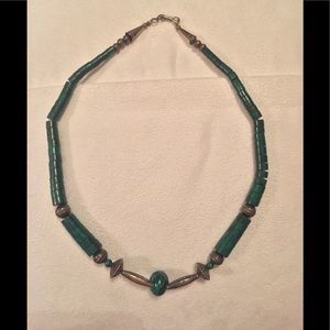Jewelry - Old vintage Navajo made malachite necklace